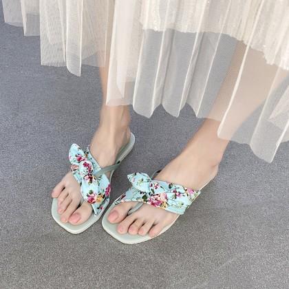 HEUS Dilora Sandals (Ready Stock)